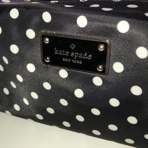 kate spade Bags - Kate Spade Polka Dot Makeup Bag